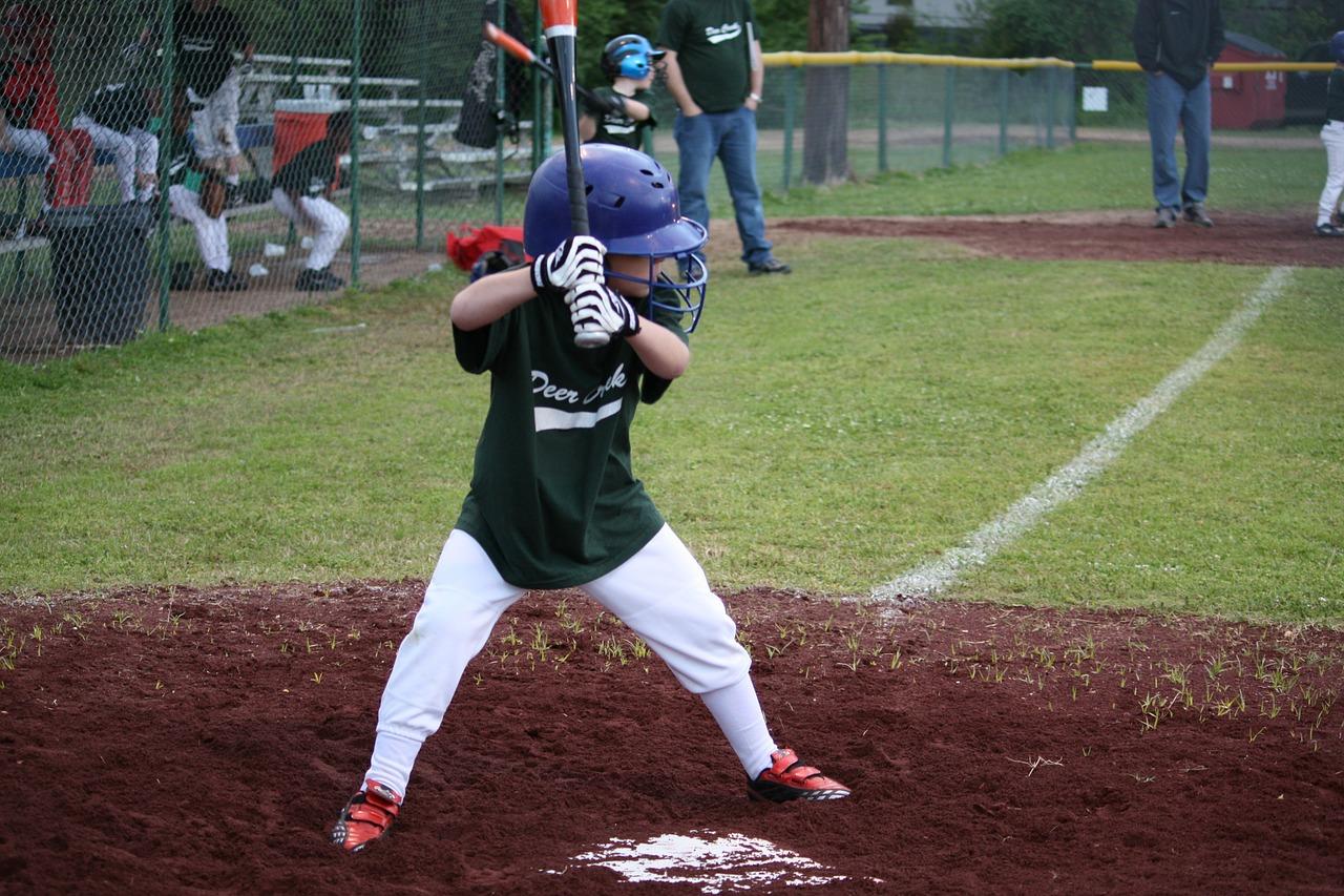 【少年野球用バット】トップバランスの選び方と人気バットを紹介!